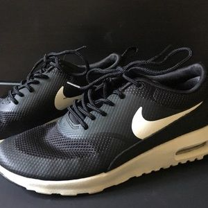 Nike Shoes - NIKE AIR MAX THEA SHOES (BLACK/WHITE)